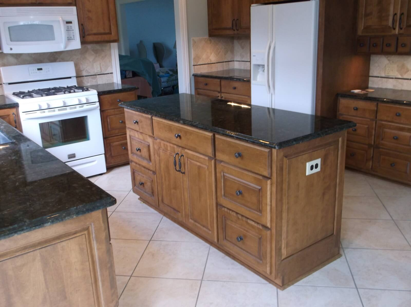 Charmant Yoder Cabinetry | Amish Custom Cabinets   Dundee, Ohio